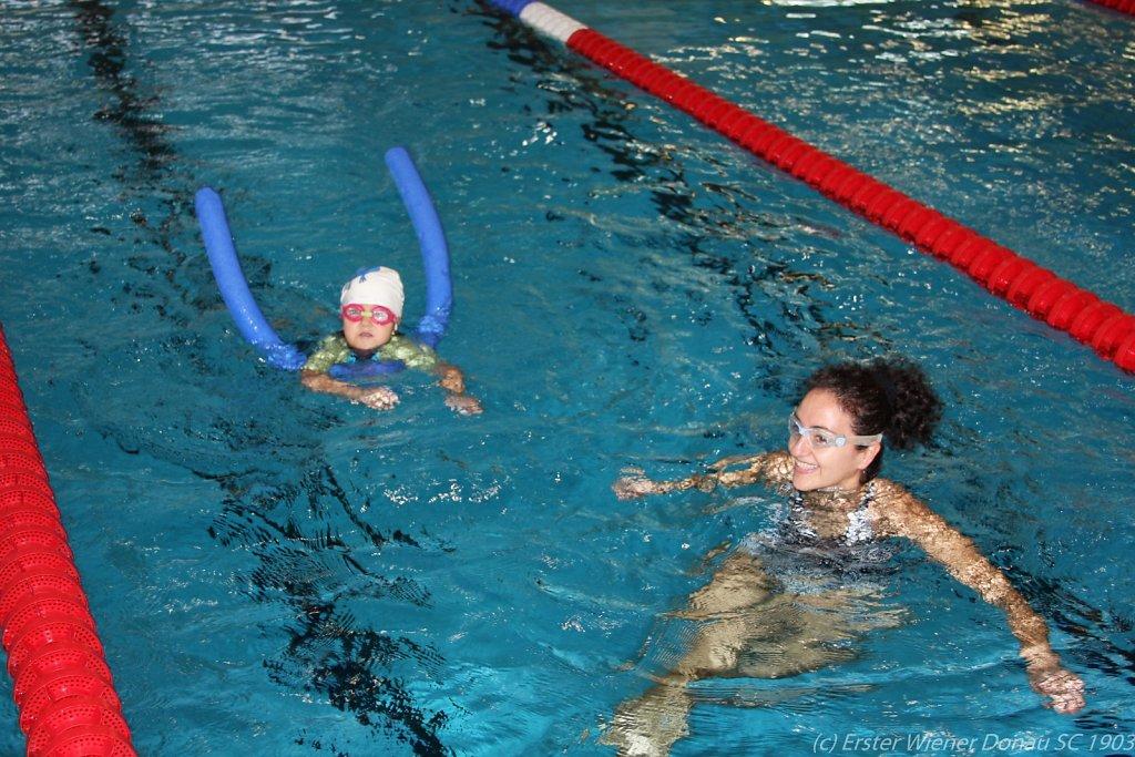 2015-12-06-Weihnachtsschwimmen-40.jpg