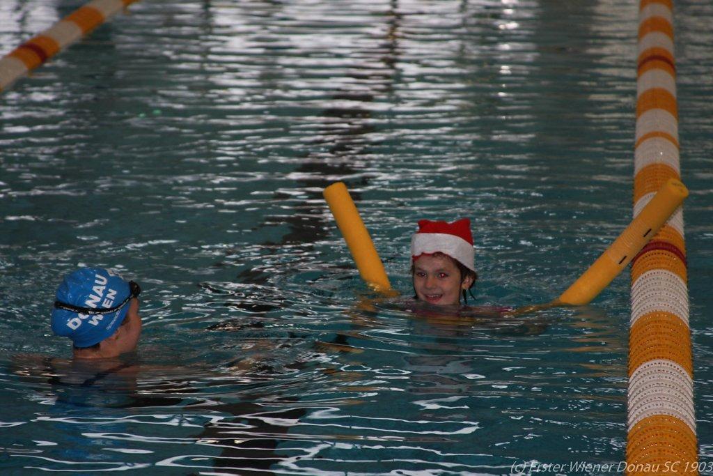 2015-12-06-Weihnachtsschwimmen-41.jpg