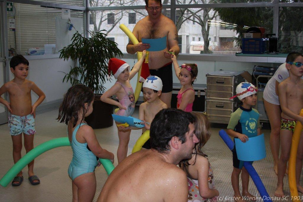 2015-12-06-Weihnachtsschwimmen-50.jpg