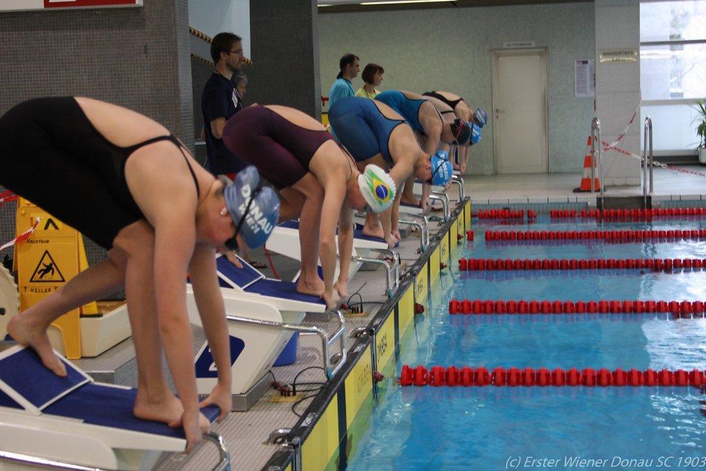 2015-12-06-Weihnachtsschwimmen-66.jpg