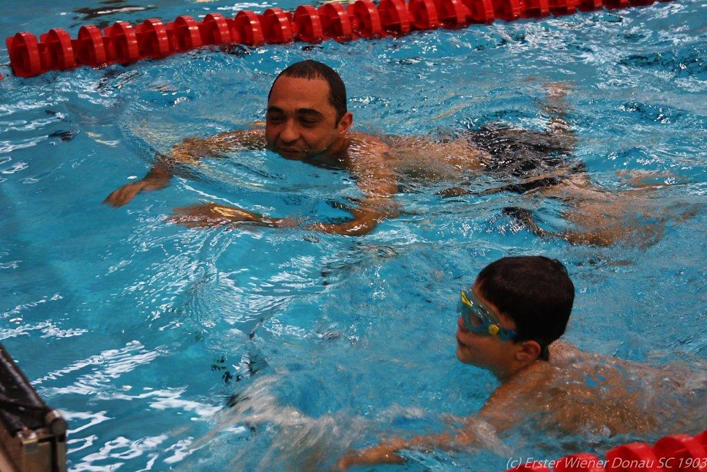 2015-12-06-Weihnachtsschwimmen-79.jpg