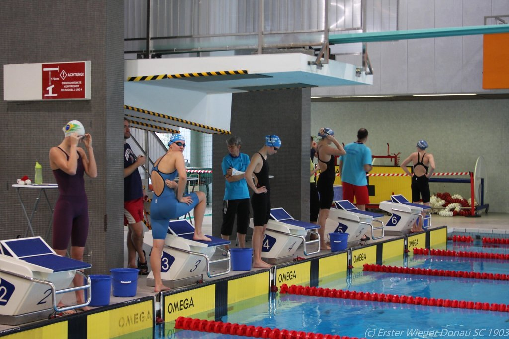 2015-12-06-Weihnachtsschwimmen-99.jpg